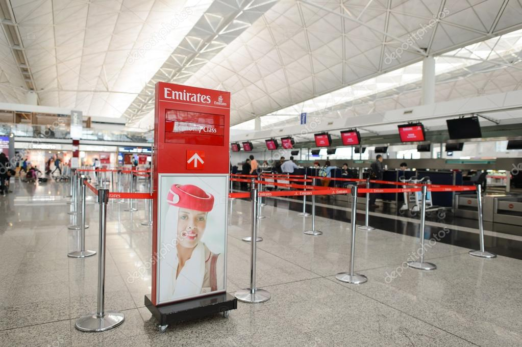 emirates check in aeroporto