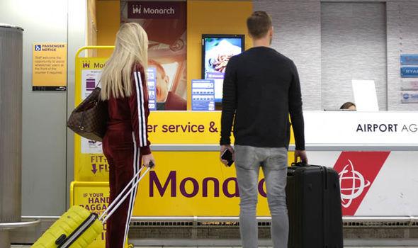 gatwick airport monarch check in desk