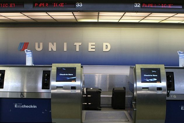 united airlines check in baggage